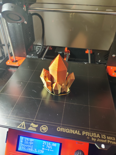 A successful print of crystal on the printer bed